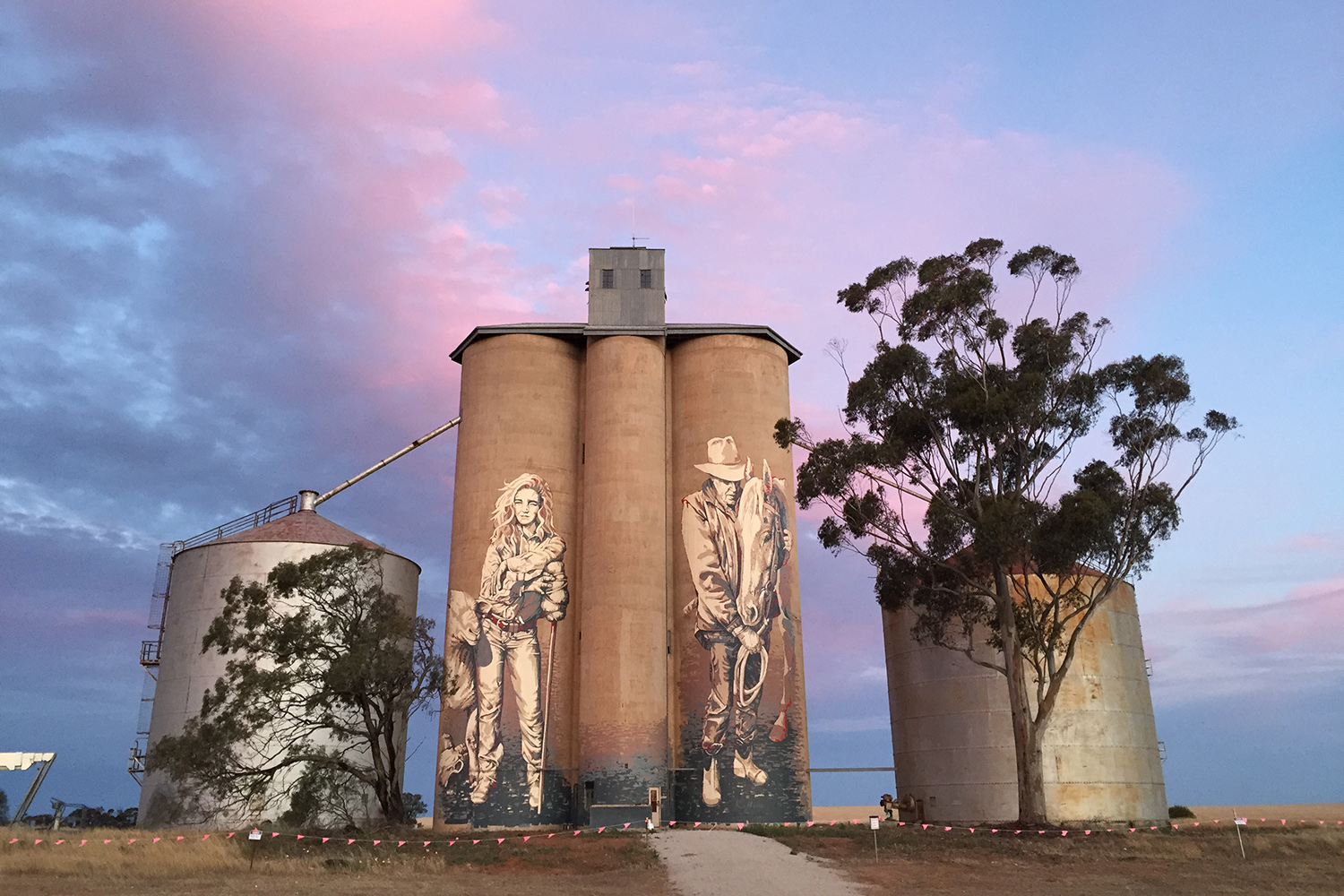 Silo Art Trail Street Art Kaff-eine